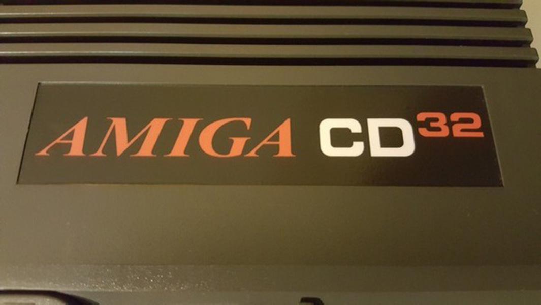 Amiga CD32 – Rénovez votre console pour 3,50€