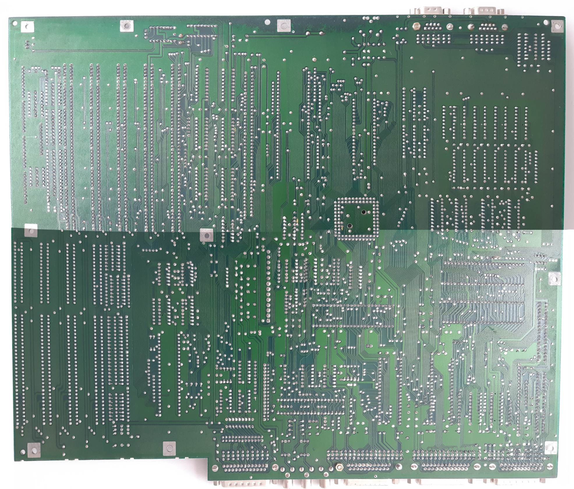 a2000b_complete_logicboard_verso20211009